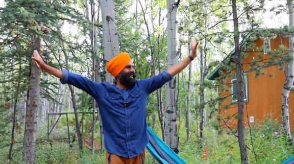 Learn to Bhangra Dance with Gurdeep Pandher thumbnail